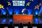 Un violent accident de roller dans Incroyable Talent en Turquie